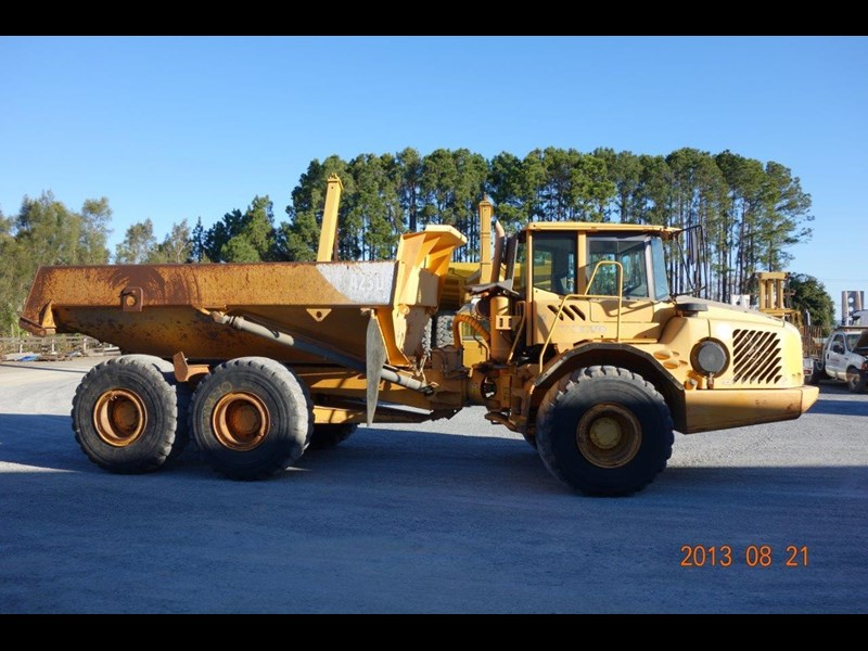 volvo a25d 188992 004