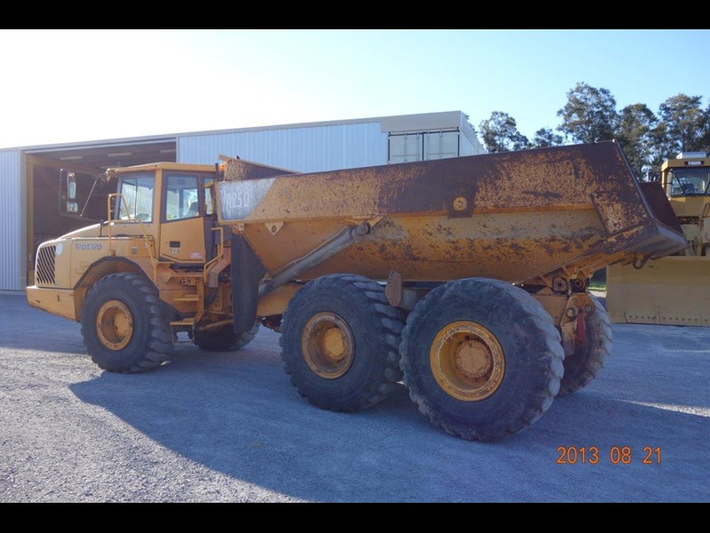 volvo a25d 188992 006