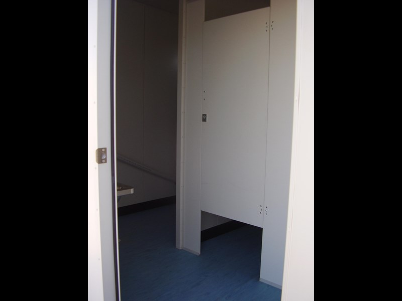 mcgregor 6.0m x 3.0m toilet block 188957 005