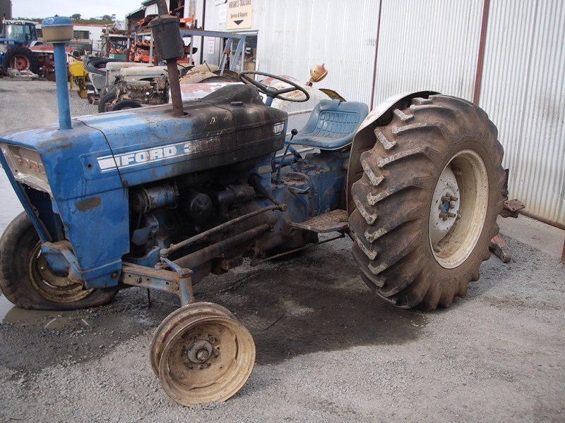Ford 3000 Tractor Manual : Ford y tractor wrecking parts only for sale