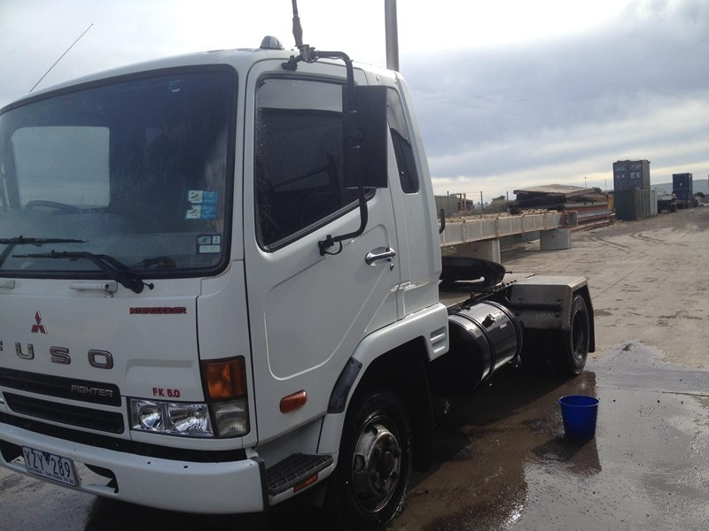 fuso fighter 199432 005
