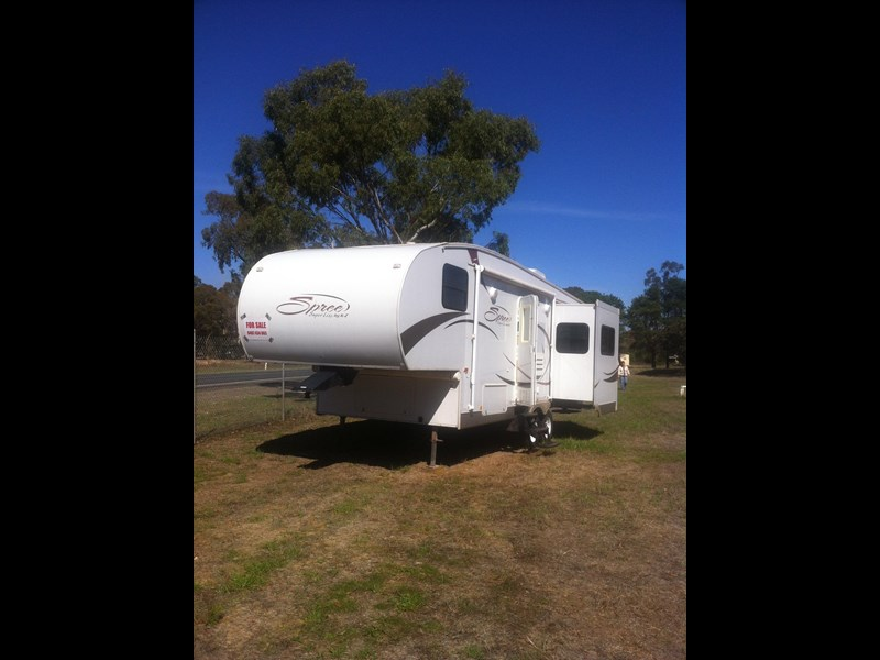 spree kzrv fifth wheeler 202482 001