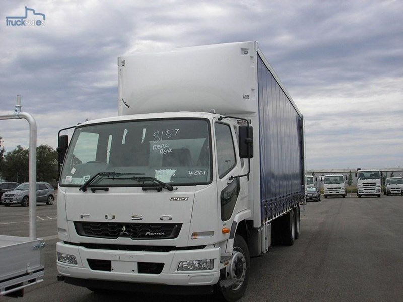 fuso fighter 211184 004