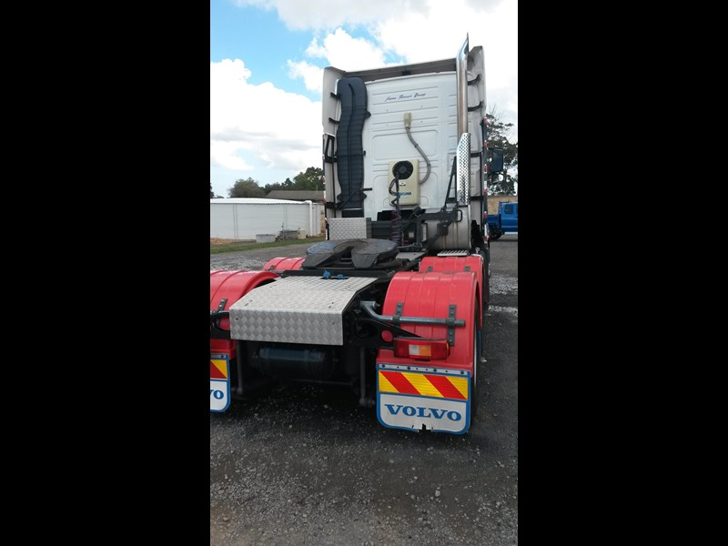 volvo fh16 214377 005