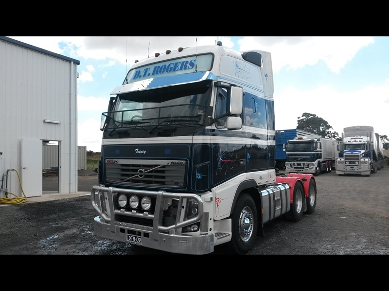volvo fh16 214377 015