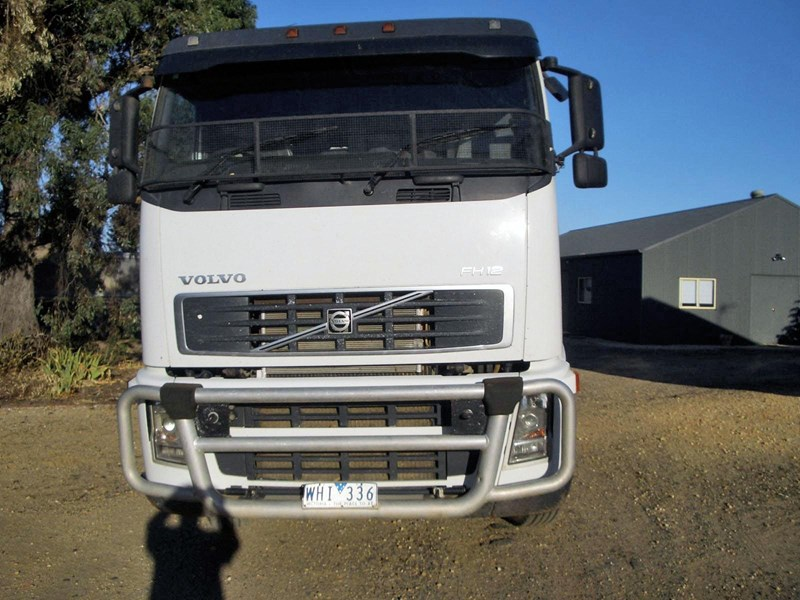 volvo fh12 216890 003