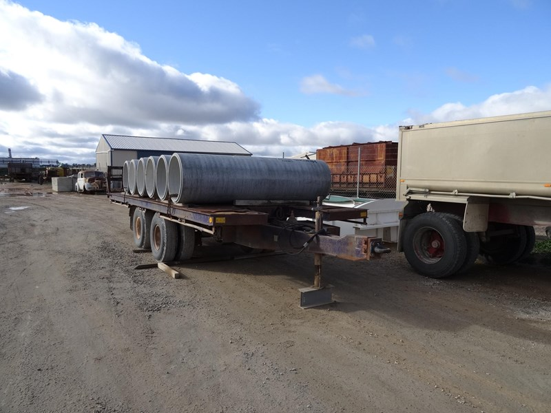 freighter tag trailer 220472 001