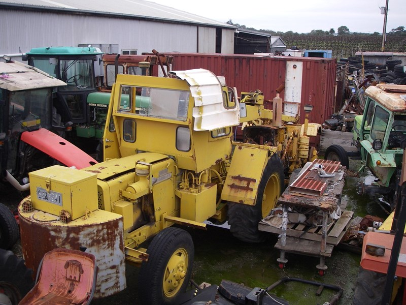 john deere tractor crane (wrecking parts only) tc23 mobilift 220962 007