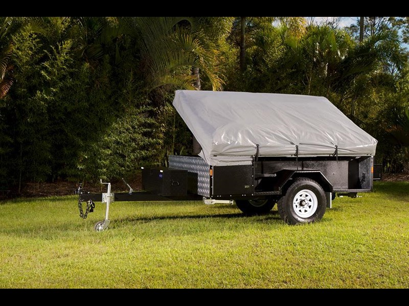 lifestyle camper trailers walkthru 25560 001