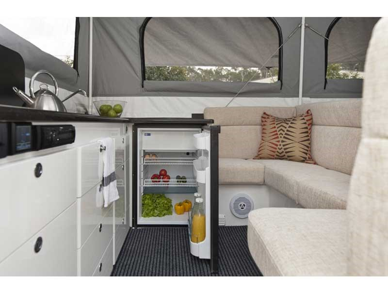 ultimate off road campers xplor 41182 013