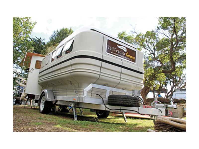 tail feather camper 10.0 42087 013