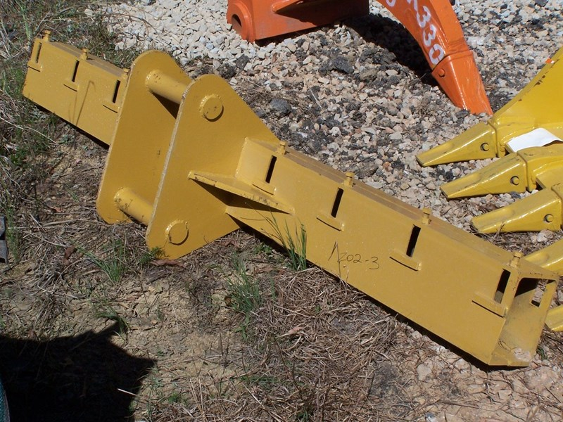 various cat 33t, cat hoe, other 6-13t tilt 239402 007