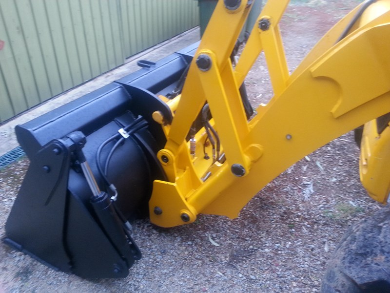 jcb 2cx backhoe loader 242819 013