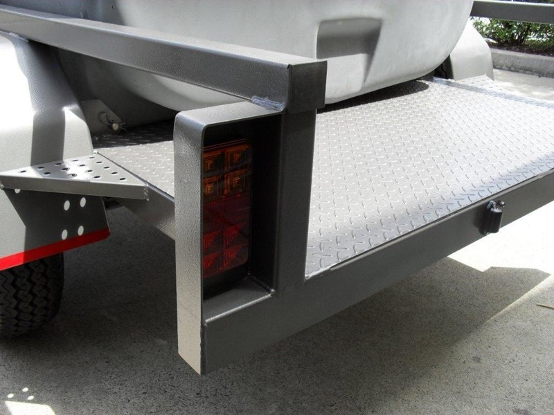 lockable & secure poly 1000l cartage diesel trailer [on road] [tfpoly] [attftrail] [ duc1000lfb60-t] 243075 013