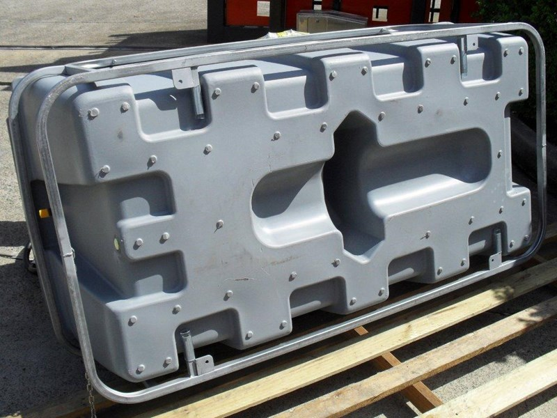 lockable & secure poly diesel unit / 800l diesel fuel tank with mounting frame [dm800mf] [tfpoly] 243065 029