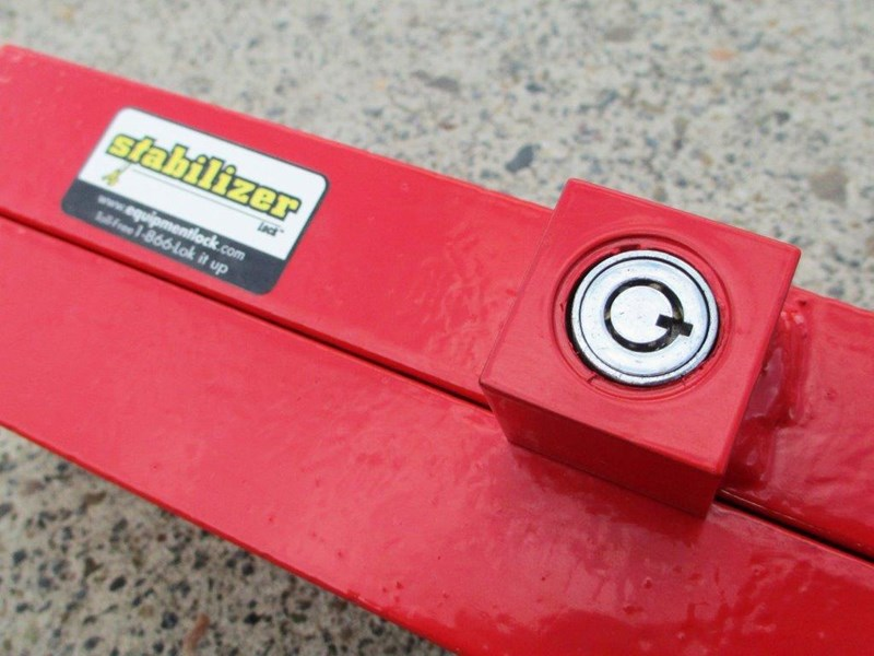 equipment lock backhoe loader stabilizer lock [tflock] 243730 007