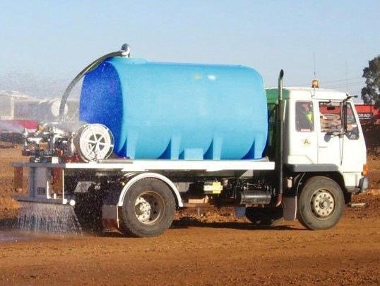 aqua-v 7000 l water cartage tank -  free standing water tank [stc07000to] [tfwater] 243581 005