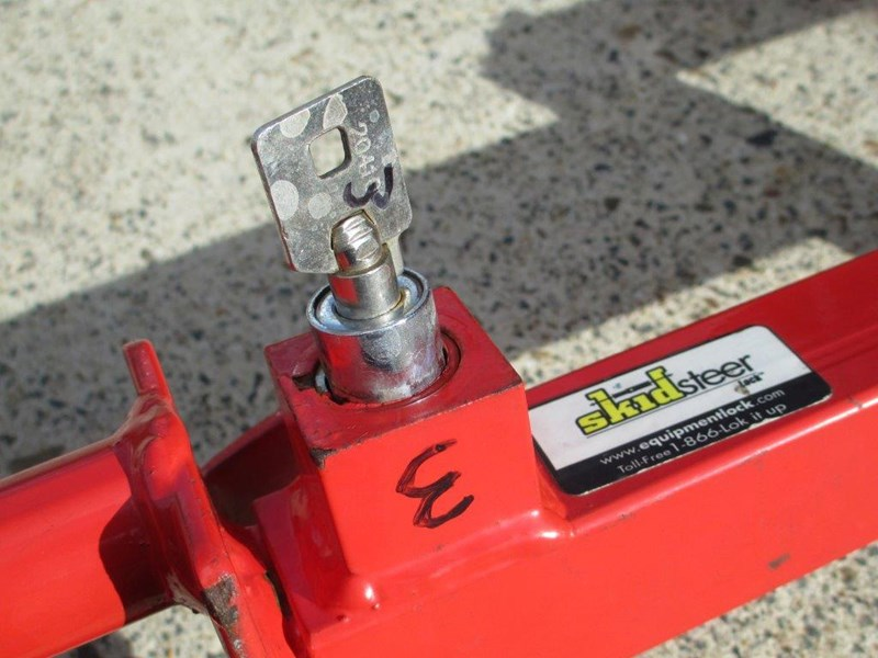 unknown equipment lock - bobcat loader joystick / control stick lock - keyed differently 243712 019