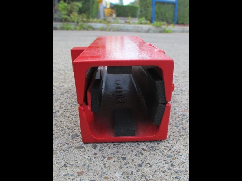 equipment lock backhoe loader stabilizer lock [tflock] 243730 005