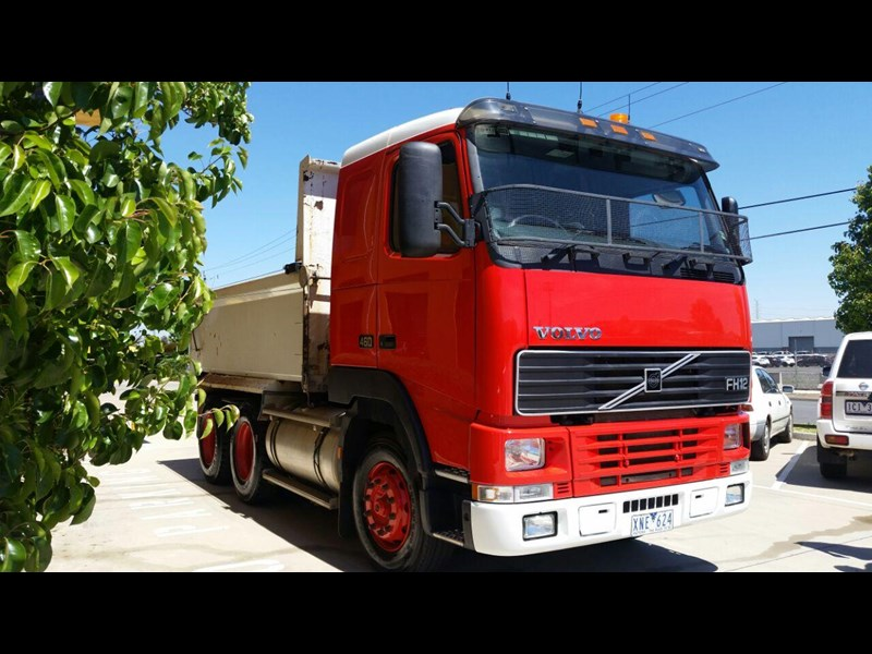 volvo fh12 261347 001