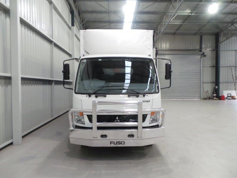 fuso fighter 1024 268273 007