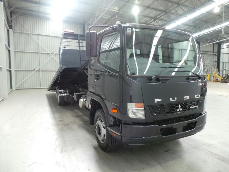 fuso fighter 1424 268260 011