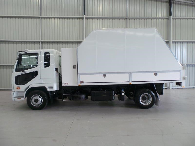 fuso fighter 1024 269550 002