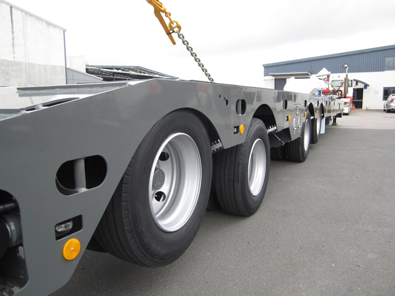 trt new trt quad axle widening low loader 193886 009