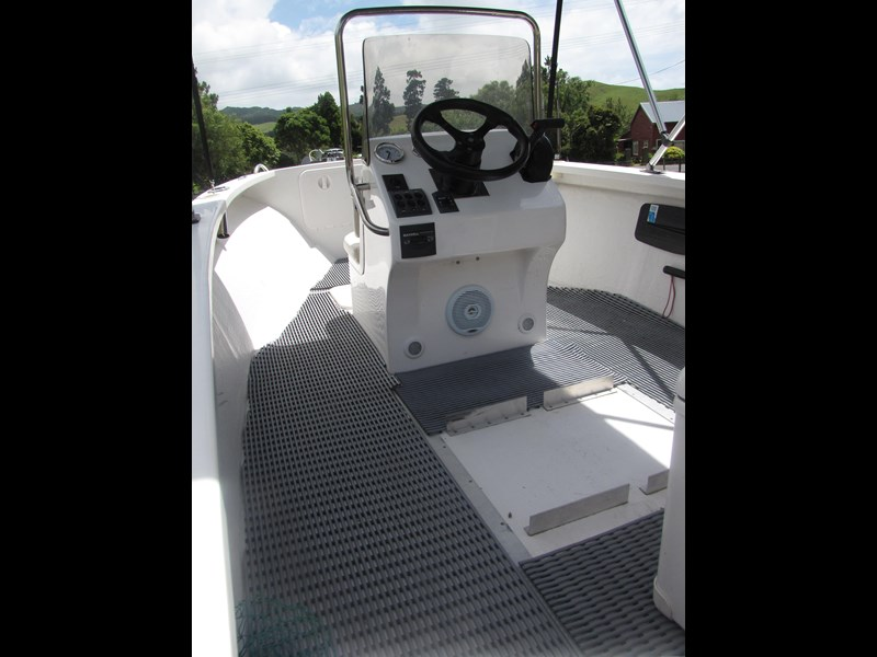 sea ray centre console 275181 021