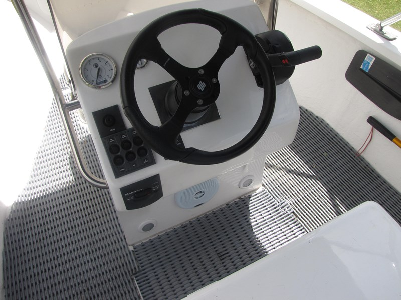 sea ray centre console 275181 033