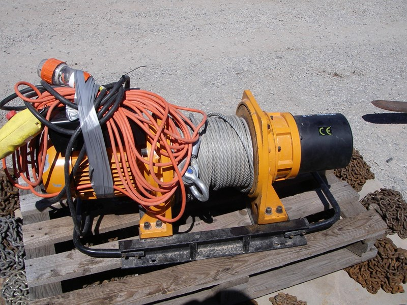 beaver pull lift bpl3100 electric winch 277094 007