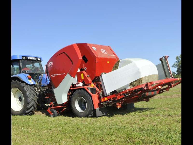 lely welger rpc 245 tornado fixed round baler wrapper combination 280706 007