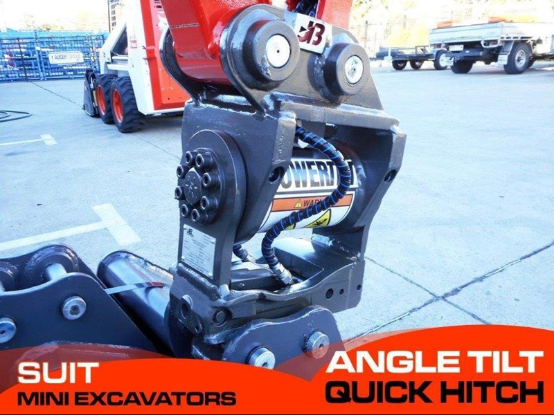 jb attachments kubota u17, u25 excavators hydraulic power tilting quick hitch [jb017] [attbuck] 281474 001