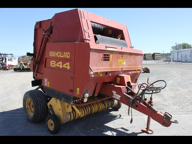 new holland 644 baler 282001 005