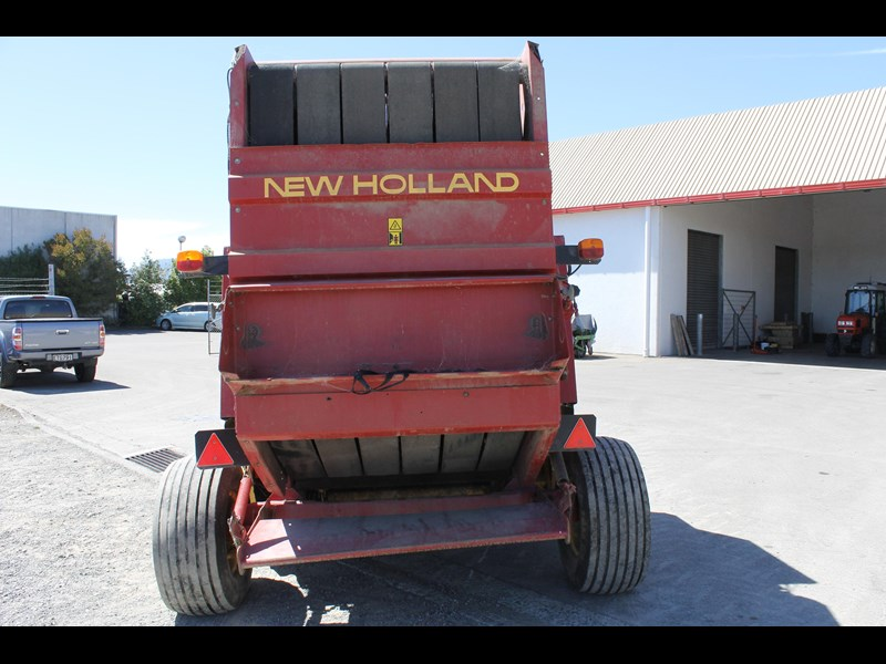 new holland 644 baler 282001 007