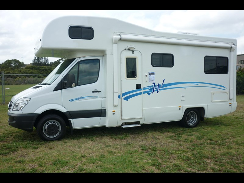 mercedes-benz sprinter lake 5 berth 282777 005