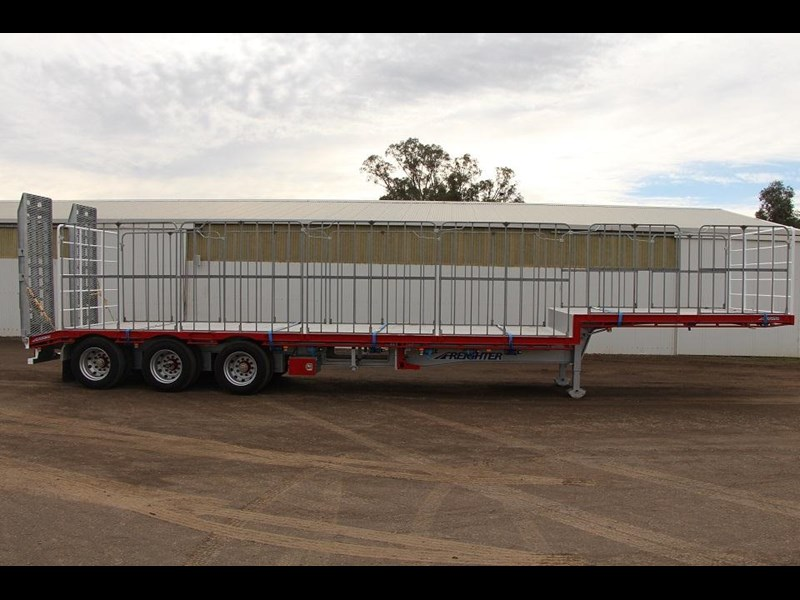freighter 45ft drop deck trailer with rear hydraulic ramps 283022 001