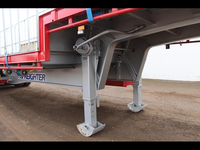 freighter 45ft drop deck trailer with rear hydraulic ramps 283022 002