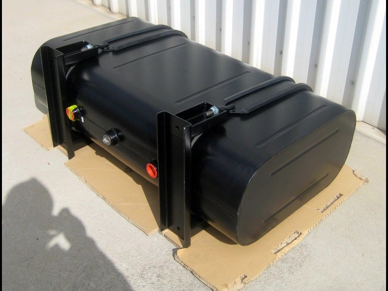 space saver hydraulic oil tank 246776 007