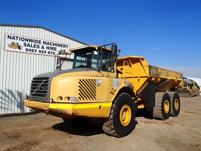 volvo a30d 284446 001