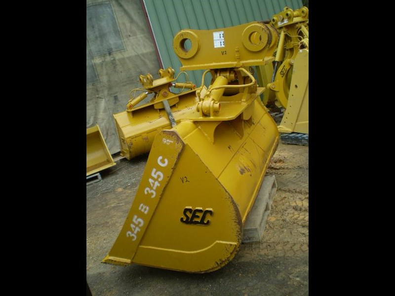 singapore engineering suit 40 tonner 289741 007