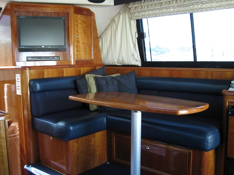 riviera 3850 flybridge cruiser 290916 005