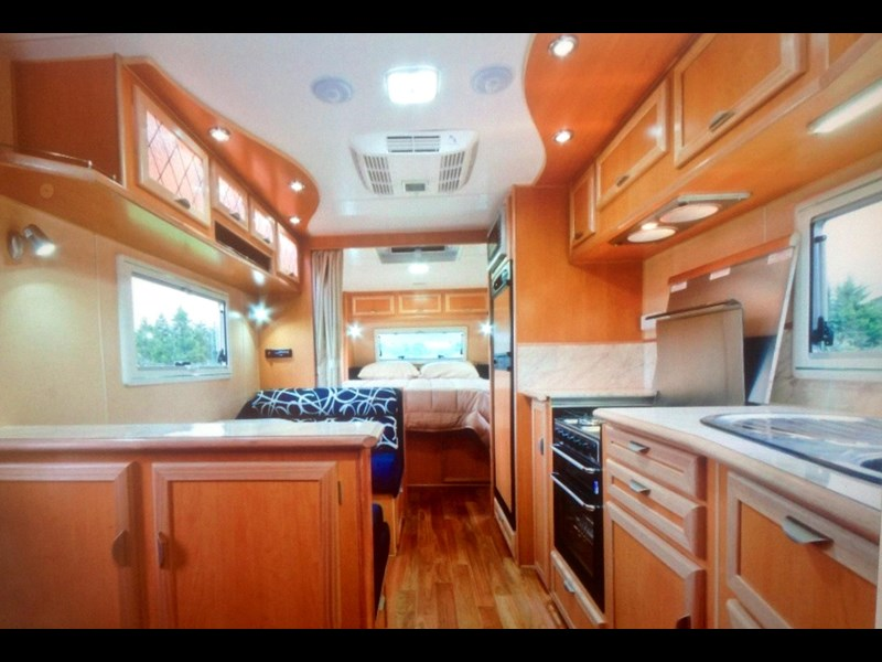 river caravans dominator xl 291789 003
