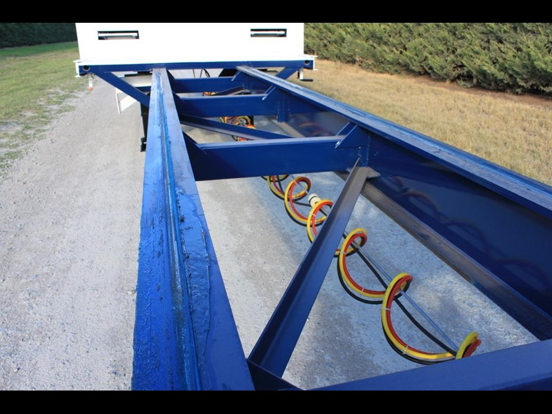 bullet extendable machinery trailer 292113 045