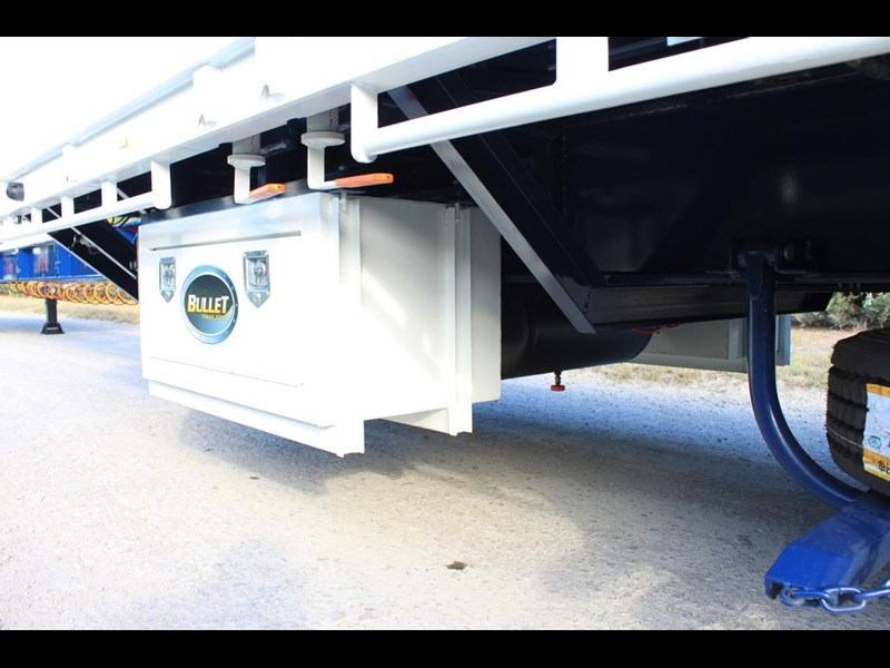bullet extendable machinery trailer 292113 051