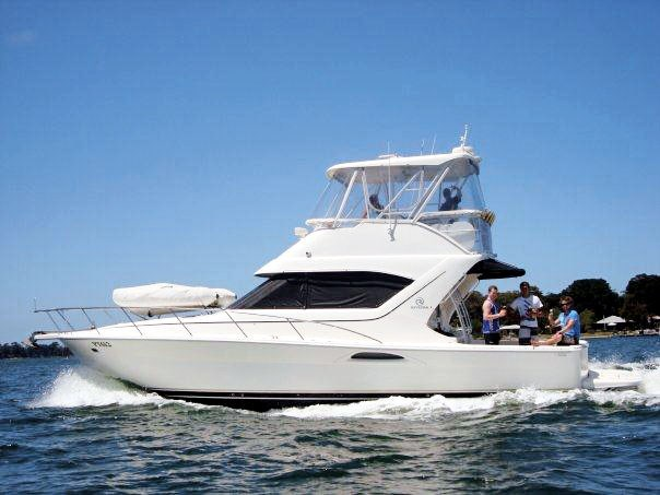 riviera 3850 flybridge cruiser 290916 001
