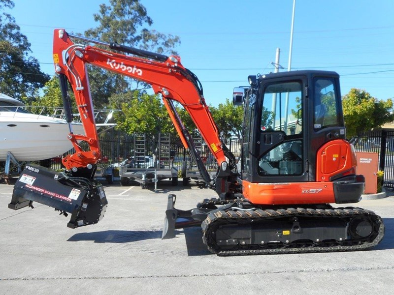 kubota u57 5.5t excavator kx57 kx057 fitted with 724mm flail mower [attslash][attmulch][machkubo] 297376 005