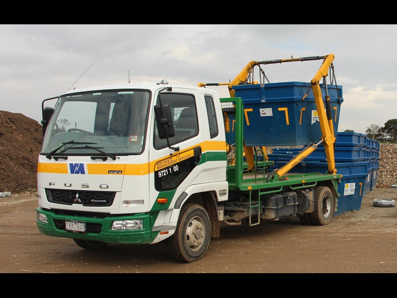 fuso fighter 298179 001