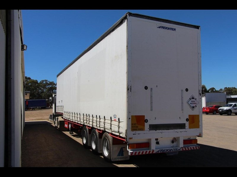 maxitrans 45ft refrigerated drop deck curtainsider trailer 298305 007