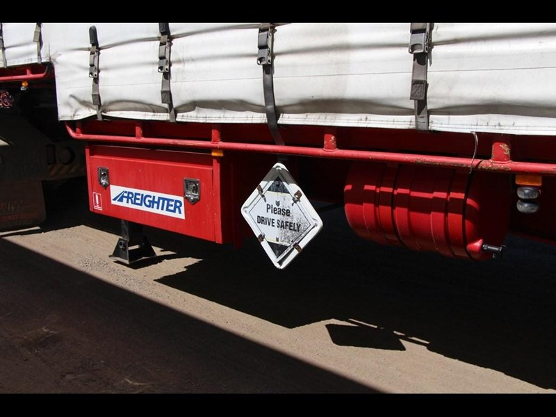 maxitrans 45ft refrigerated drop deck curtainsider semi trailer 298750 015